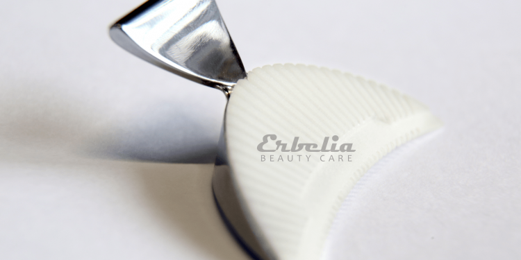 The Erbelia Lash Tool